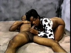 Stacked ebony floosie gets pounded hard by a black guy in a prison chamber