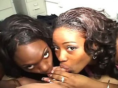 Twosome ebony sluts fuck big hard dicks